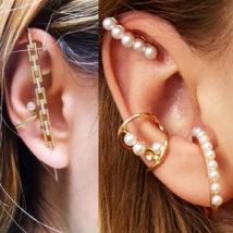 人気の真珠を使ったイヤリングとピアスに新作登場